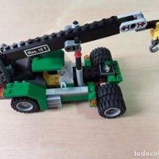 Juegos construcción - Lego: GRUA LEGO COLOR VERDE. Lote 213272413