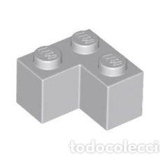 Juegos construcción - Lego: LEGO 2357 LADRILLO GRIS CLARO AZULADO 2 X 2 ESQUINA CJN3. Lote 214178661