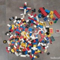 Juegos construcción - Lego: LOTE LEGO ANTIGUO MÁS OTRA PIEZAS DE CONSTRUCCION. Lote 221741180