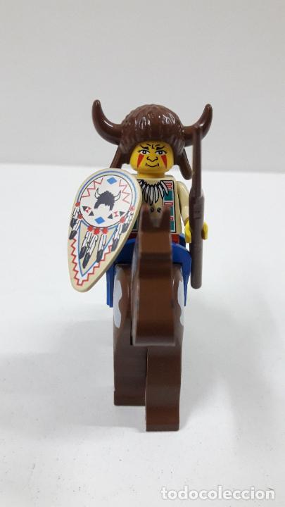 Juegos construcción - Lego: JEFE INDIO CON LANZA Y ESCUDO A CABALLO . ORIGINAL DE LEGO - Foto 3 - 222646130