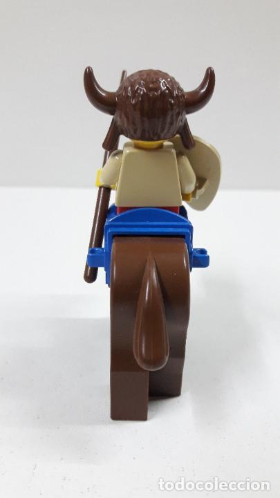 Juegos construcción - Lego: JEFE INDIO CON LANZA Y ESCUDO A CABALLO . ORIGINAL DE LEGO - Foto 4 - 222646130