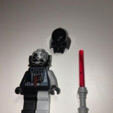 Juegos construcción - Lego: DIFÍCIL FIGURA DE LEGO STAR WARS DARTH VADER DAÑADO MINIFIGURA 7672. Lote 237320115