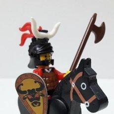 Juegos construcción - Lego: GUERRERO MEDIEVAL A CABALLO . ORIGINAL DE LEGO. Lote 241509365