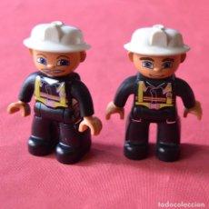 Juegos construcción - Lego: 2 FIGURAS - BOMBEROS - LEGO DUPLO. Lote 241963140