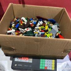 Juegos construcción - Lego: CAJA DE LEGO ( 5.725 KG) . MUCHÍSIMAS FIGURITAS DESMONTADAS Y MICRO PIEZAS LEGO. VER FOTOS. Lote 244410745