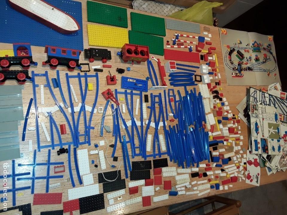 LEGO AÑOS 70 MEGA LOTE PIEZAS Y CATÁLOGOS ,TREN FUNCIONANDO, VER TODAS LAS FOTOS. (Juguetes - Construcción - Lego)