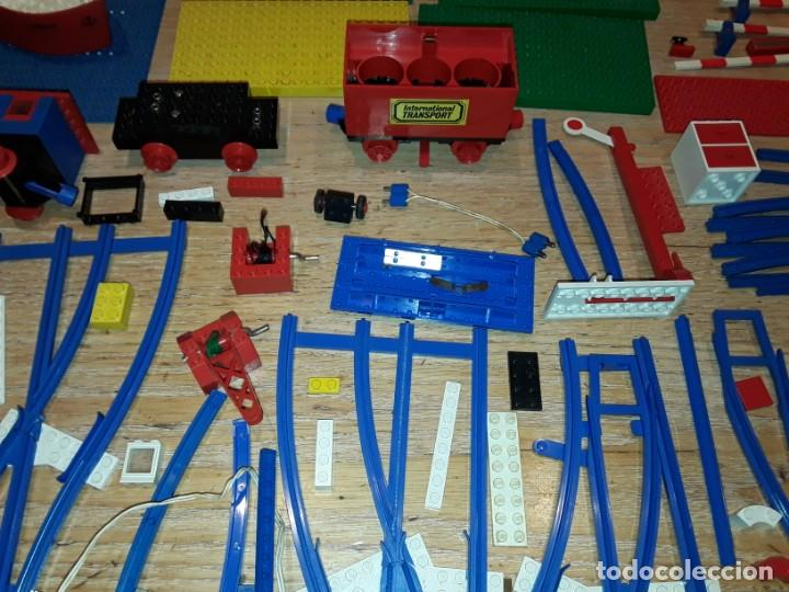 Juegos construcción - Lego: Lego años 70 mega lote piezas y catálogos ,tren funcionando, ver todas las fotos. - Foto 7 - 246149290