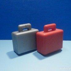 Juegos construcción - Lego: LEGO DUPLO - 2 MALETAS - ROJA - GRIS. Lote 253265610