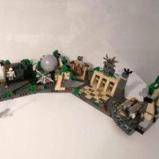 Juegos construcción - Lego: LEGO INDIANA JONES 7623 TEMPLE ESCAPE COMPLETO CON INSTRUCCIONES SIN CAJA. Lote 254463515
