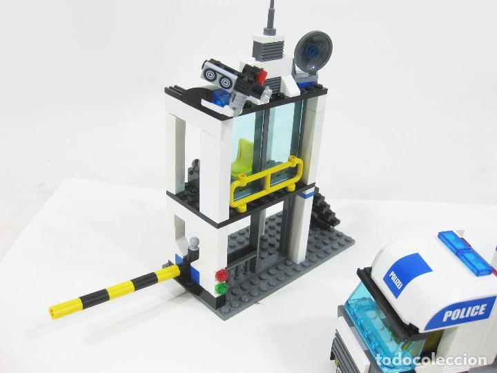 Juegos construcción - Lego: CAMIÓN Y COMISARIA LEGO CITY 7743 - Foto 6 - 254630645