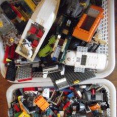 Juegos construcción - Lego: LOTE CON MILES DE PIEZAS LEGO PARA AVIONES , BARCOS, COCHES, GARAJE , CASAS ,... Lote 268371379