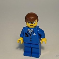 Juegos construcción - Lego: AIRPORT BLUE PILOT 7894 - LEGO CITY LEGO MINIFIGURE - AIR035. Lote 269269923