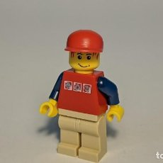 Juegos construcción - Lego: BOY WITH RED SHIRT 7894 - LEGO CITY LEGO MINIFIGURE - CTY0084. Lote 269270553