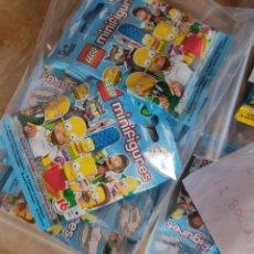 Jeux construction - Lego: LOTE X 44 MINIFIGURAS LEGO LOS SIMPSONS.ORIGINALES PERFECTO ESTADO EN BOLSITA CERRADA. Lote 270216518