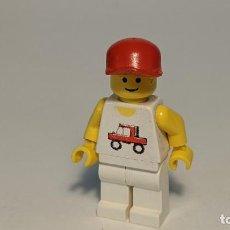 Juegos construcción - Lego: MAN TRUCKER SHIRT 6399 - LEGO CLASSIC TOWN LEGO MINIFIGURE - TRC004. Lote 271648513