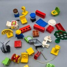 Jogos construção - Lego: LEGO DUPLO BARCO Y PIEZAS FIGURAS Y CABALLO. Lote 276291798