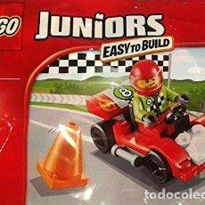 Juegos construcción - Lego: LEGO 30473 FIGURA DE PILOTO CON COCHE DE CARRERAS (EN SOBRE). NUEVO!!.. Lote 277067428