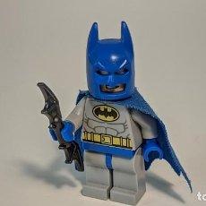 Juegos construcción - Lego: BLUE BATMAN 10724 10672 - LEGO DC SUPERHEROES LEGO MINIFIGURE MINI FIGURE - SH111. Lote 277635288