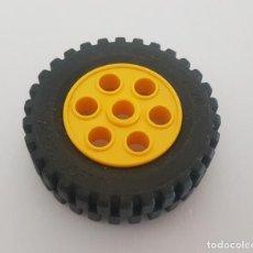 Juegos construcción - Lego: LEGO NEUMATICO 13X24 + LLANTA 2695 AMARILLA. Lote 288969878