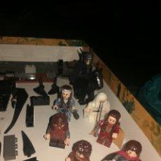 Juegos construcción - Lego: 7 FIGURAS LEGO Y PIEZAS EL SEÑOR DE LOS ANILLOS FALTA 5%PIEZAS. Lote 289878093