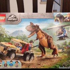 Juegos construcción - Lego: PERSECUCIÓN DEL CARNOTAURUS 76941 -LEGO JURASSIC WORLD- NUEVO, PRECINTADO. Lote 290506878