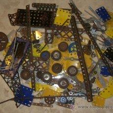 Juegos construcción - Meccano: MECANO DE METALING ANTIGUO MUCHAS PIEZAS. Lote 172744000