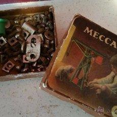 Juegos construcción - Meccano: CAJA ORIGINAL DE MECCANO CON TORNILLOS Y TUERCAS. Lote 53728644