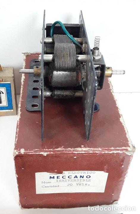 Juegos construcción - Meccano: CAJA CON PIEZAS DE MECCANO CON GRAN CANTIDAD DE PIEZAS. METAL. FRANCIA. CIRCA 1920. - Foto 9 - 91134355