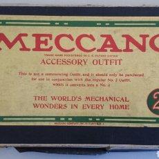 Juegos construcción - Meccano: CAJA ACCESORIA MECCANO 2 A USA EPOCA NIQUEL. Lote 104874443