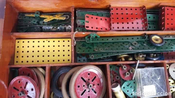 Juegos construcción - Meccano: MECCANO. CAJA CON INFINIDAD DE PIEZAS. CAJA EQUIPO SUPLEMENTARIO 3A. CIRCA 1960. - Foto 9 - 119062735