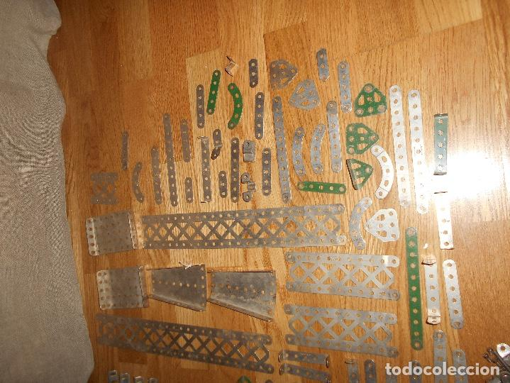 Juegos construcción - Meccano: Caja de carton Accesorios Meccano ruedas flejes turcas ruedas etc años 50 - Foto 3 - 122442999