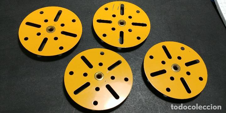 Juegos construcción - Meccano: Meccano, parte 109. 4 placas circulares amarillas - Foto 2 - 125166187