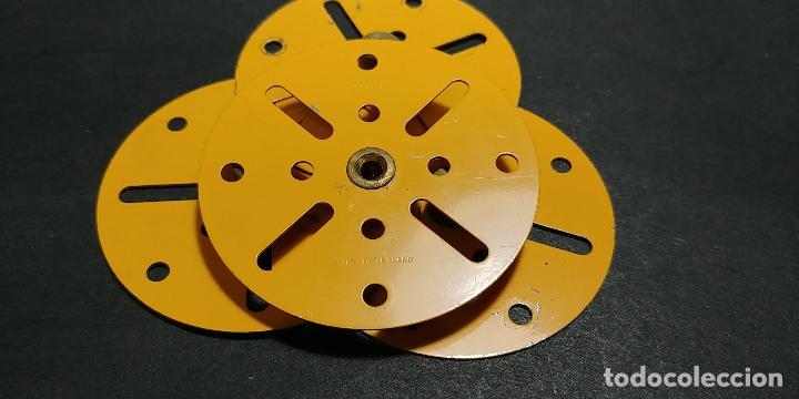 Juegos construcción - Meccano: Meccano, parte 109. 4 placas circulares amarillas - Foto 3 - 125166187