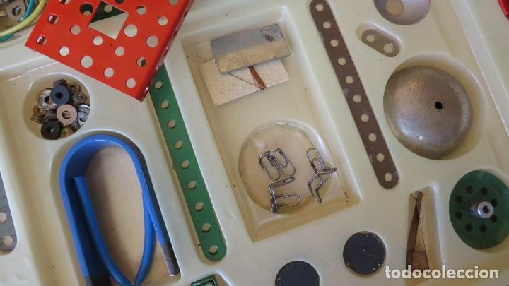 Spielzeug zum Bauen - Meccano: MERKUR ELEKTRO 101 - ANTIGUO MECCANO DEL ESTE - CON PRECIOSO CATALOGO - Foto 9 - 133815646