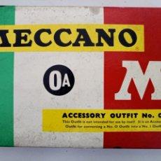 Juegos construcción - Meccano: DIFICIL CAJA MECCANO 0A AÑOS 60 CONTENIDO DE PIEZAS COMPLETO. Lote 135003062