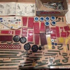 Juegos construcción - Meccano: MECCANO LOTE PIEZAS , INSTRUCCIONES ETC, ANTIGUO.. Lote 145683110