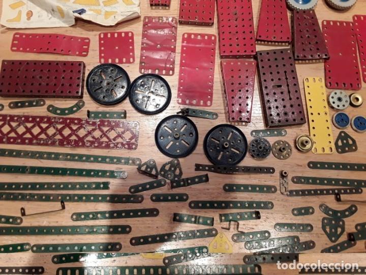 Juegos construcción - Meccano: Meccano lote piezas , instrucciones etc, antiguo. - Foto 6 - 145683110