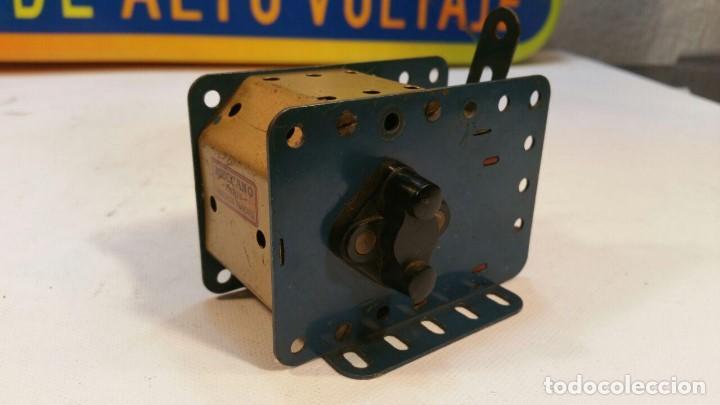 Juegos construcción - Meccano: MOTOR ELECTRICO MECCANO 115/120 V MOTOR CON DOS SENTIDOS DE MARCHA - MECCANO PARIS - Foto 3 - 147538474