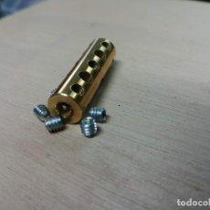 Juegos construcción - Meccano: MECCANO PARTE Nº 63F. ACOPLAMIENTO 5 AGUJEROS.. Lote 180114601