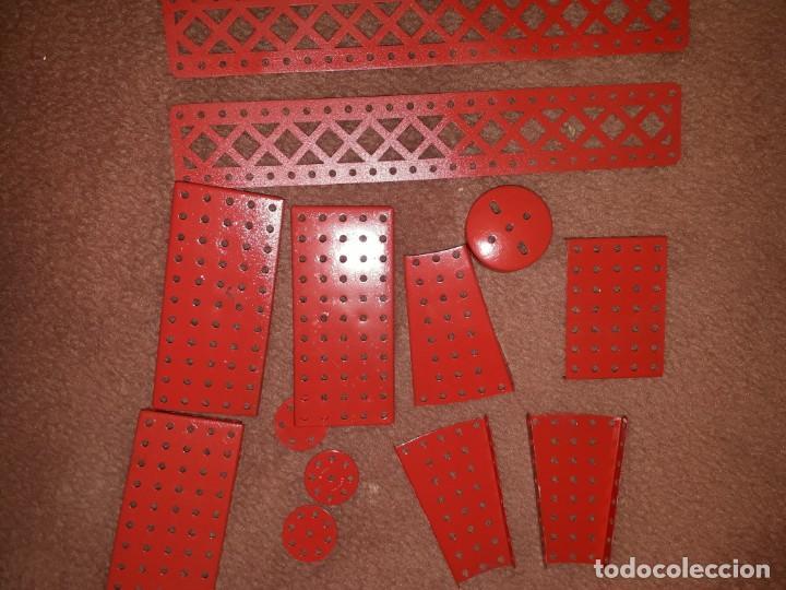 Juegos construcción - Meccano: Caja con piezas restauradas de meccano - Foto 3 - 190832796