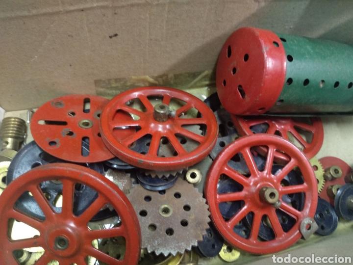 Juegos construcción - Meccano: Gran lote meccano muy completo con catálogos - Foto 18 - 193568630