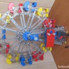 Juegos construcción - Meccano: BONITA Y DECORATIVA NORIA GRANDE METALICA DE TIPO MECCANO , CREO QUE ES DE EITECH LA REF. 00017. Lote 194944572
