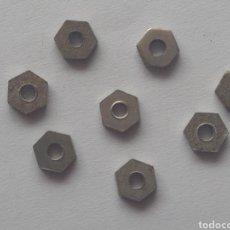 Juegos construcción - Meccano: 8 TUERCAS ROSCA 6BA PARA MOTORES Y ANTIGUAS PIEZAS ELÉCTRICAS MECCANO. Lote 207011132