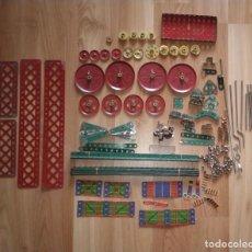 Juegos construcción - Meccano: LOTE ANTIGUAS PIEZAS PARA MECCANO. VER FOTOS.. Lote 224577572
