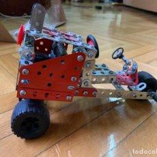 Juegos construcción - Meccano: COCHE TIPO MECCANO A MOTOR. Lote 240991885