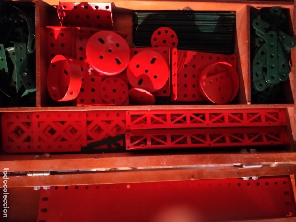 Juegos construcción - Meccano: Caja con piezas restauradas de meccano - Foto 7 - 190832796