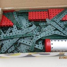 Juegos construcción - Meccano: MECCANO ANTIGUO REPINTADO ALGO MAS DE 4 KILOS MEJOR VER FOTOS SON PIEZAS REPINTADAS. Lote 257534885