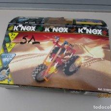 Juegos construcción - Meccano: KENEX CON CAJA ORIGINAL VER FOTOS CAJA ABIERTA Y LLEVA RESTOS DE CINTA. Lote 257535270