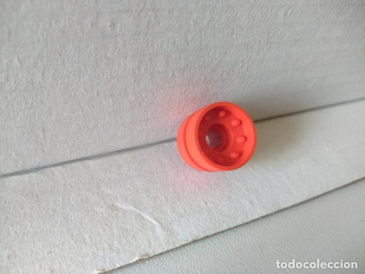 TENTE RODILLO RUEDA TANQUE ORUGA ROJO B2 (Juguetes - Construcción - Tente)
