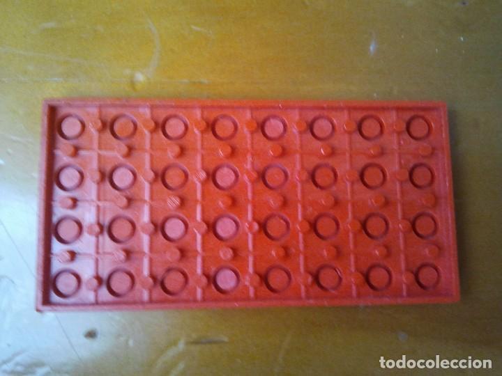 Juegos construcción - Tente: Pieza del juego de construcción TENTE de color rojo. 4x8 pines. - Foto 2 - 223049056